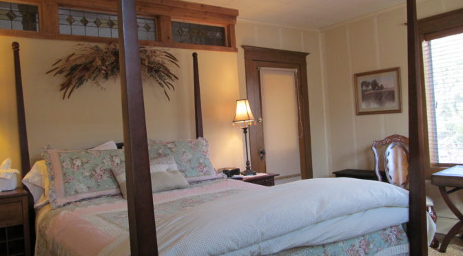 inn-bed-breakfast-farmhouse-Kamas-Ut