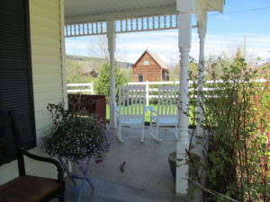 bed-breakfast-inn-farmhouse-Kamas-Utah